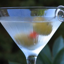 800px-Classic_martini_by_Ken30684