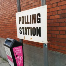 Polling_station_sign_Highgate_library